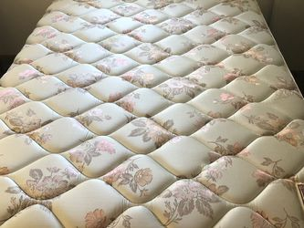 Full Size Mattress/Box Springs/Frame for Sale in Grafton,  OH