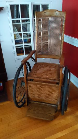 Antique wheelchair ,meant only for display purposes. for Sale in North East, PA