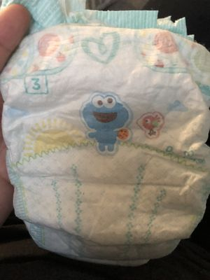 Pamper size 3 for Sale in Tulare, CA