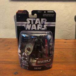 Star Wars Epiosde 3 The Heroes & Villains Collection Clone Pilot action figure for Sale in Puyallup,  WA