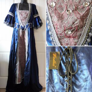 Halloween Costume Princess Dress Women's Small New for Sale in Austin, TX