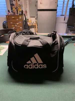 Adidas Duffle Bag for Sale in Romeoville, IL
