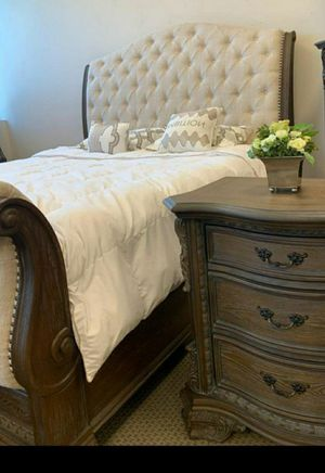🧿BRAND NEW 🧿Antique Gray Sleigh Bedroom Set for Sale in Jessup, MD
