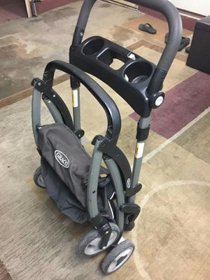 Graco frame stroller for snugride/,click connect Graco baby car seat for Sale in Chula Vista, CA