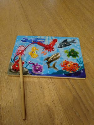 Melissa & Doug magnetic fishing puzzle game for Sale in West Palm Beach, FL
