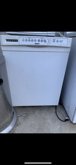 Free dishwasher for Sale in Riverside, CA