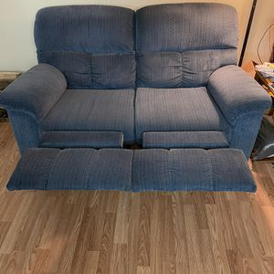 Blue Reclining Couch for Sale in Pittsburgh, PA