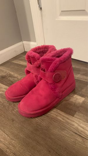 Gently worn Micheal Kors boots! SZ 7 in women for Sale in The Bronx, NY