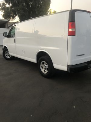 2008 Chevy Express Cargo Van for Sale in Los Angeles, CA