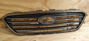 Front bumper Radiator Grille OEM Part # 86351 C2100 For 2015 2016 2017 Hyundai Sonata for Sale in Gurnee, IL