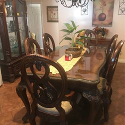 Dining Table for Sale in Hawthorne,  CA