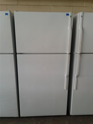 GE box refrigerator for Sale in Tampa, FL