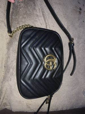BLACK GUCCI GG LEATHER SHOULDER BAG for Sale in Stockton, CA