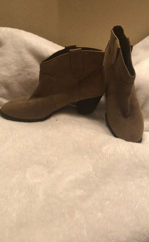 Size 9 khaki color pull on booties for Sale in Lakehurst, NJ