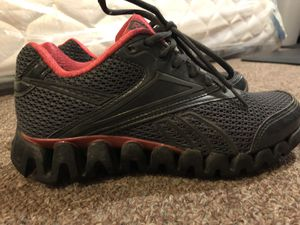 Women's Reebok size 6 for Sale in Cleveland, OH