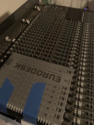 BEHRINGER EURODESK MX8000 MIXER CONSOLE for Sale in Downey, CA