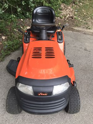 """Ariens Riding Mower(42"""" + 20hp) for Sale in New Lenox, IL"""