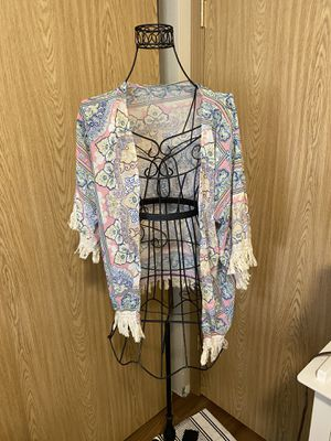Size small Drapey top w fringe for Sale in Tacoma, WA