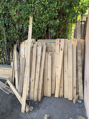 Free wood for Sale in Los Angeles, CA