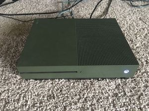 Xbox One S (1TB) for Sale in Zephyrhills, FL