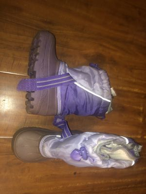 Toddler girl boots size 9 for Sale in Vista, CA