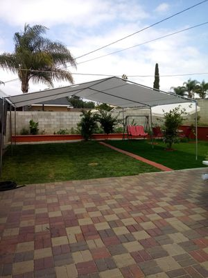20 x 20 low peak for Sale in Moreno Valley, CA