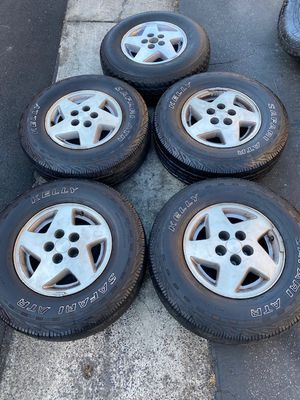 "(5) 15"" Jeep Wheels + 235/75R15 Kelly tires - $325 for Sale in Santa Ana, CA"