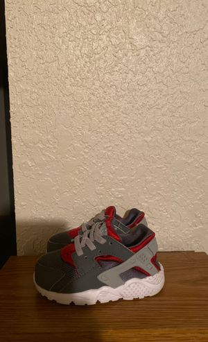 Nike Huarache Size 5c for Sale in Fairmont, WV