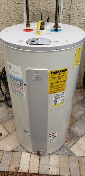 GE water heater 50 gal for Sale in Tarpon Springs, FL