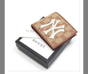 NYC Gucci Wallet for Sale in Lilburn, GA