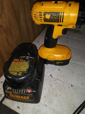 DEWALT DC970 DRILL 2 BATTERIES W/CHARGER for Sale in Greer, SC