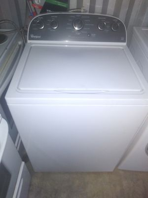 Washer whirlpool for Sale in Norfolk, VA