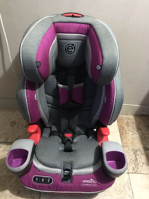 Evenflo car seat for Sale in West Palm Beach, FL