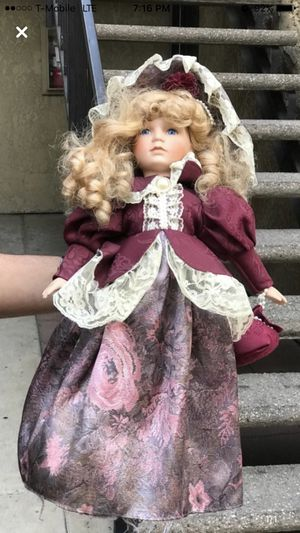 Antique doll for Sale in Santa Ana, CA