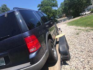 03' Ford Explorer XLT for Sale in Nashville, TN