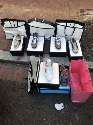 Men's Gucci sneakers size 91/2 & 101/2 for Sale in Washington, DC
