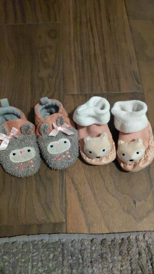 Baby slippers for Sale in Reedley, CA