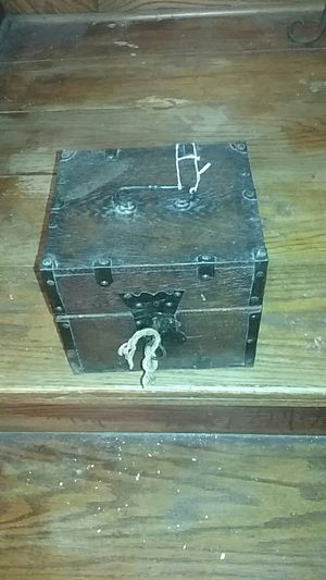 Antique, liquid chest for Sale in Philadelphia, PA