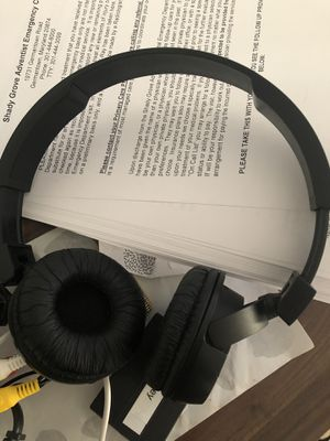 Jbl Bluetooth headphones for Sale in Germantown, MD