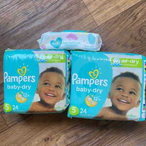 Pampers diapers baby dry size 5 for Sale in Los Angeles, CA