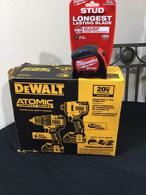 ATOMIC 20-Volt MAX Lithium-Ion Brushless Cordless Compact Drill/Impact Combo Kit (2-Tool) 2 Batteries 1.3Ah and Charger for Sale in Anaheim, CA