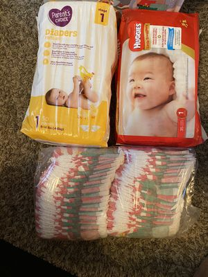 Parents choice and pack huggies for Sale in Tacoma, WA