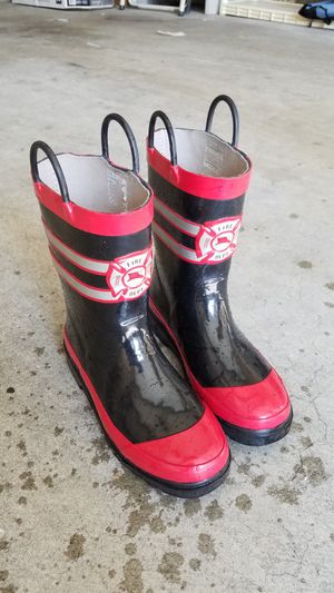 Rain boots for Sale in San Gabriel, CA
