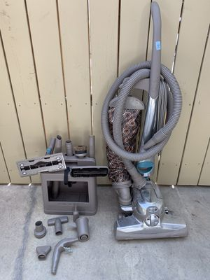 Kirby Sentria II vacuum and shampooer for Sale in Wenatchee, WA