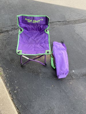 Tot spot kids chair for Sale in St. Peters, MO