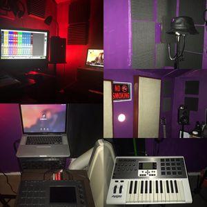 Studio Time for Sale in Miami, FL