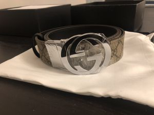 Gucci belt Reversible GG Supreme belt brand new for Sale in New York, NY