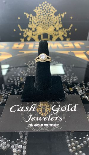 10k YELLOW GOLD WEDDING RING SET for Sale in Miami Lakes, FL
