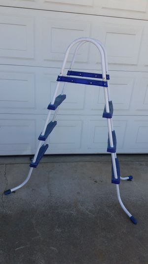 Pool Ladder! for Sale in Fresno, CA