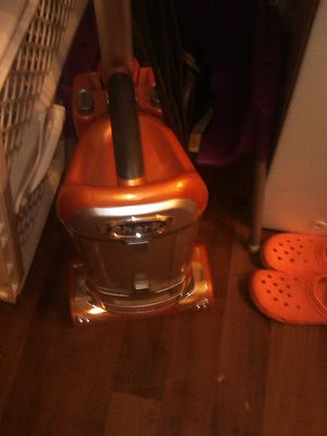 Shark vacuum need belt good condition $20.00 for Sale in Columbus, OH
